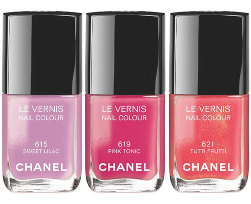 Chanel Reflets d'ete nail polishes