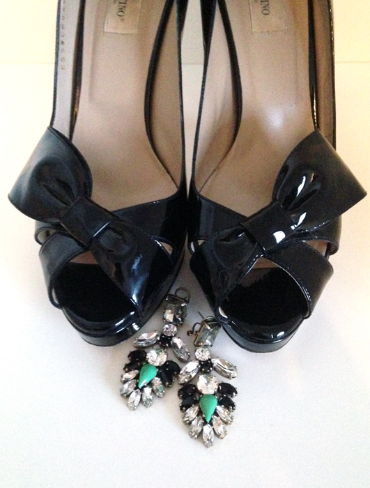 Valentino half bow pumps patent leather