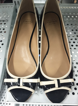 Corca Joan & David shoes ($15.99)