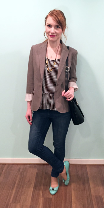 Blazer, Theory (thrifted); top, Gap Factory; jeans, RACHEL Rachel Roy; shoes, Ferragamo; bag, Longchamp (thrifted)