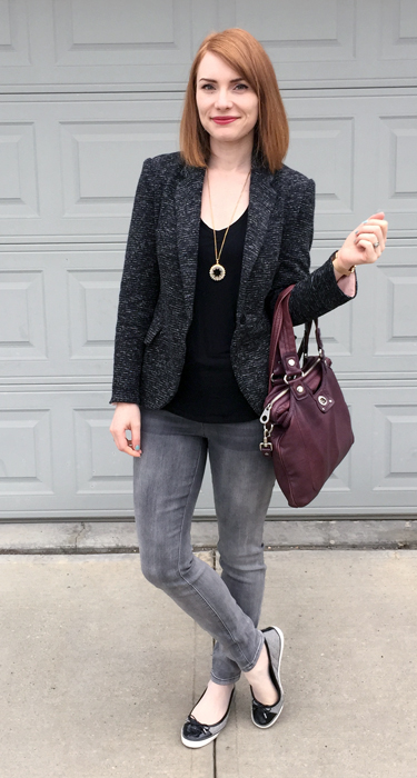 Blazer, Cartonnier (thrifted); top, Gap (thrifted); jeans, RACHEL Rachel Roy; shoes, Tory Burch (thrifted); necklace, J. Crew Factory; bag, MbMJ