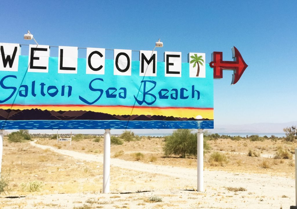 west coast - Salton Sea Beach